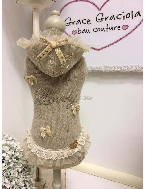 Lovely Hood in Lace Dress Grace Graciola