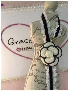 Camelia Bar Lace Lash Grace Graciola