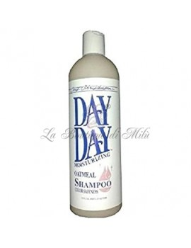 CCS Day To Day Moisturizing Oatmeal Shampoo Chris Christensen