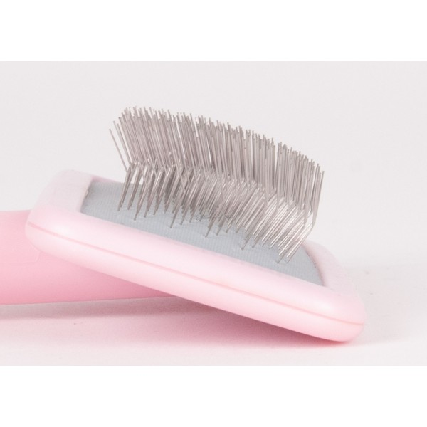 Smooth Touch Slicker Brush Show Tech